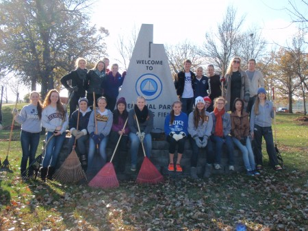 Student from the PLHS EcoTeam volunteered to participate in a leaf raking event on November 1st.